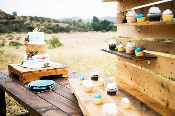 Los Angeles Wedding Cake Table